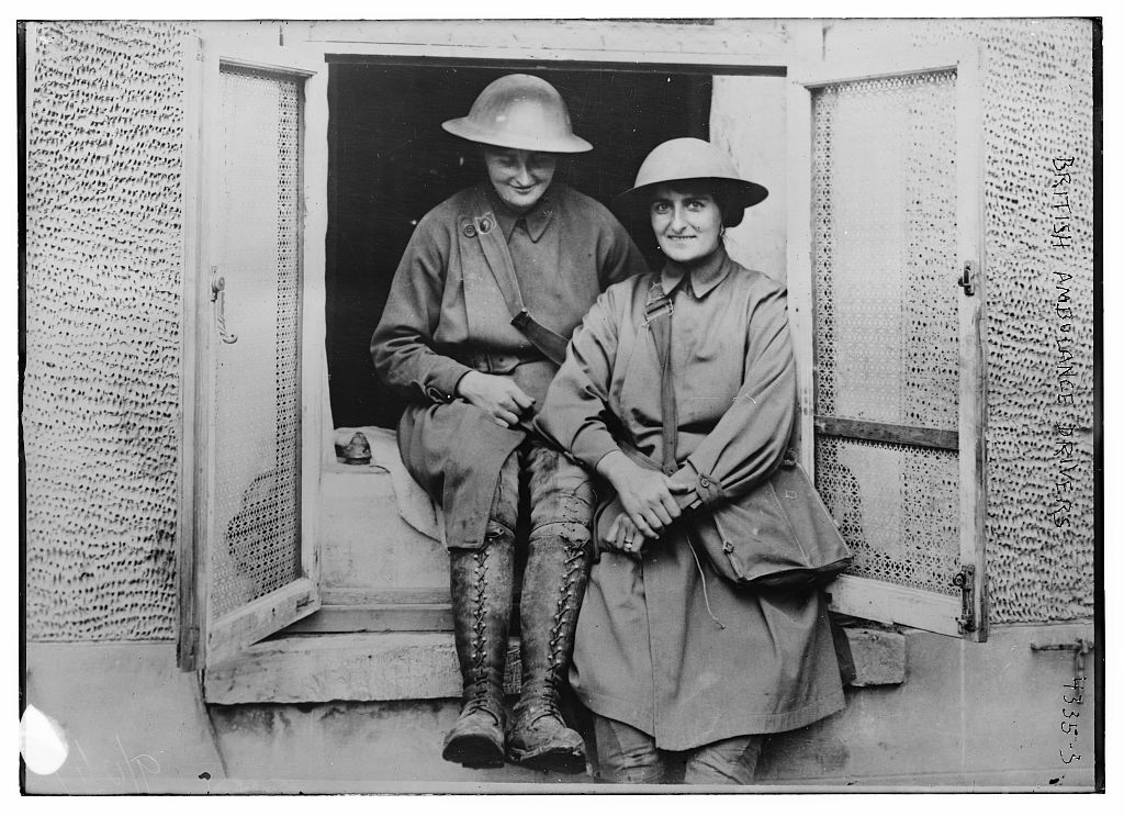 Photo of female British ambulance drivers in WWI